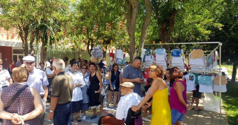 Los fresneros y turistas disfrutaron del VIII Mercado Castellano
