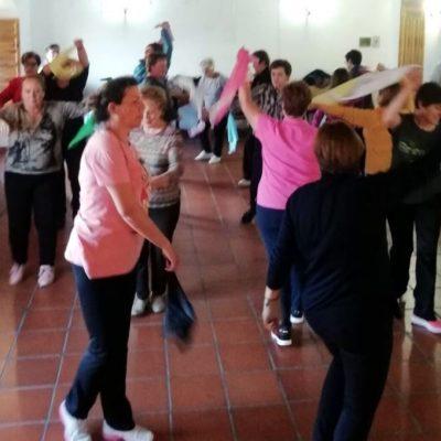 25 Mujeres de Fresno el Viejo participan en el taller de Danzaterapia