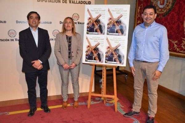 Fresno el Viejo presenta en la Diputación de Valladolid su XXXIII Viacrucis Juvenil
