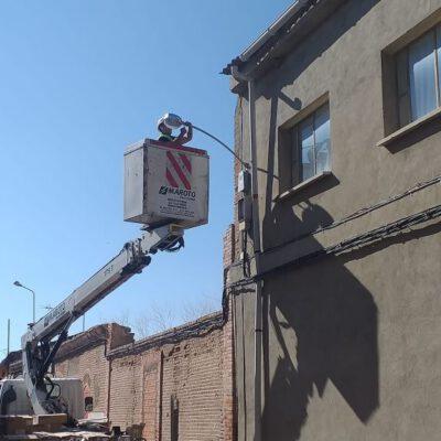 Fresno el Viejo realiza mejoras en su iluminación